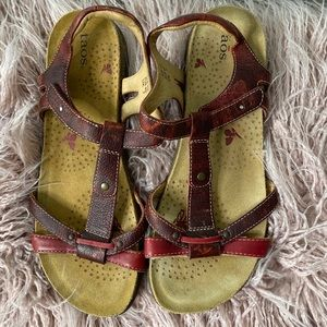 Taos Red Sandals Size 10